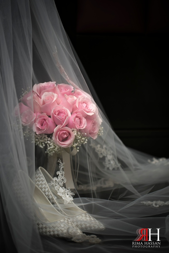 World_Trade_Center_Zabeel_Wedding_Photography_Dubai_Photographer_Rima_Hassan_bridal_veil_bouquet_shoes