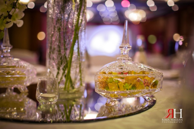 Al_Murooj_Rotana_Engagement_Wedding_Dubai_UAE_Photographer_Rima_Hassan_centerpiece_decoration