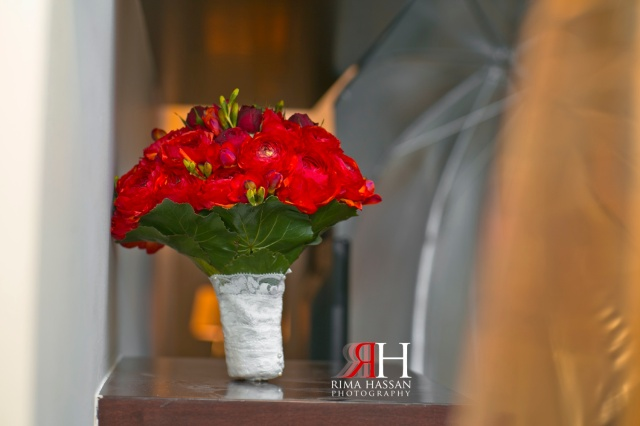 Marriot_Dubai_Wedding_Photographer_Rima_Hassans_bouquet