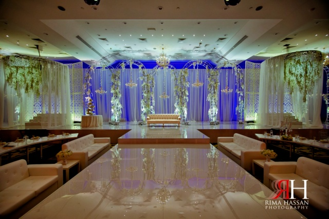 Multaqua_World_Trade_Center_Dubai_Wedding_Photographer_Rima_Hassan_kosha_decoration_stage