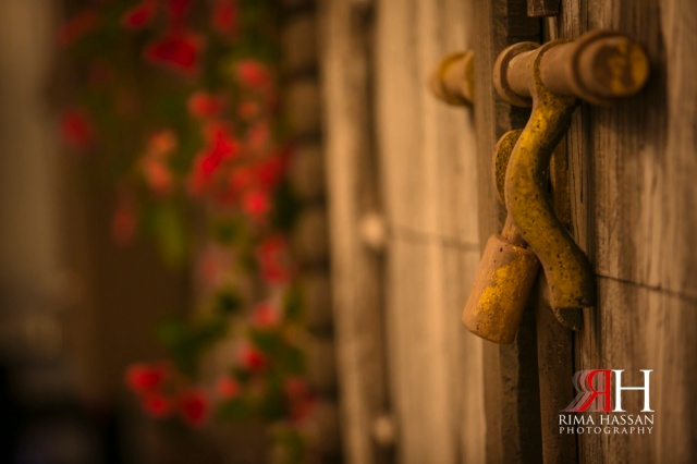 _Wedding_Photographer_Rima_Hassan_decoration_kosha_door