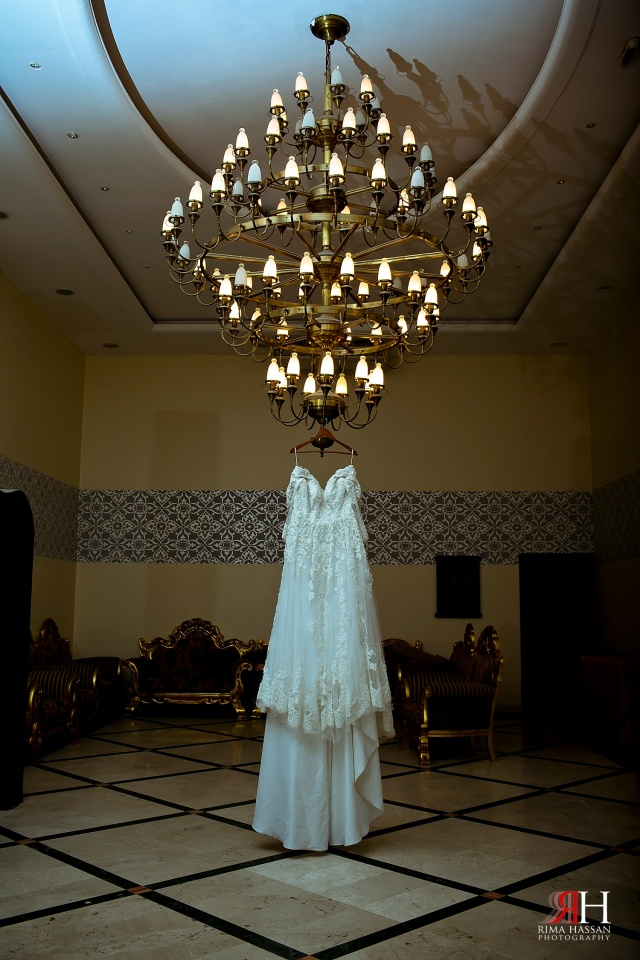 Fujaira_Wedding_Photographer_Dubai_Rima_Hassan_bridal_dress