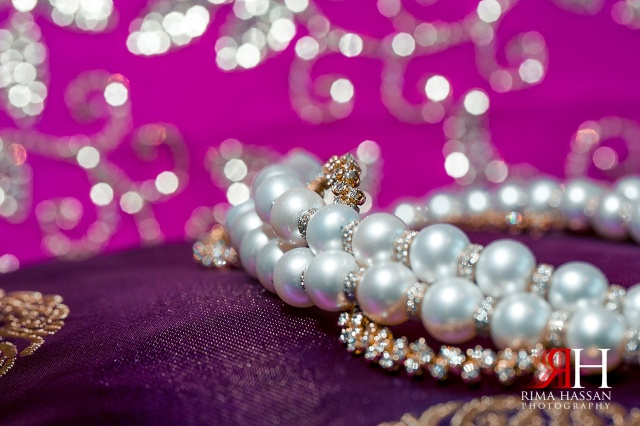 Jumeirah_Dubai_Wedding_Photographer_Rima_Hassan_bridal_necklace_details