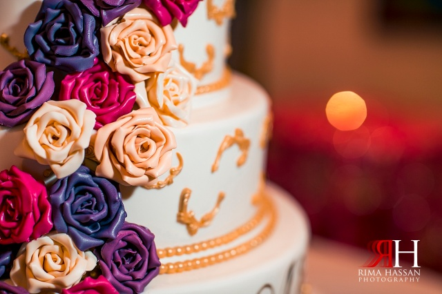 Jumeirah_Dubai_Wedding_Photographer_Rima_Hassan_cake_decoration