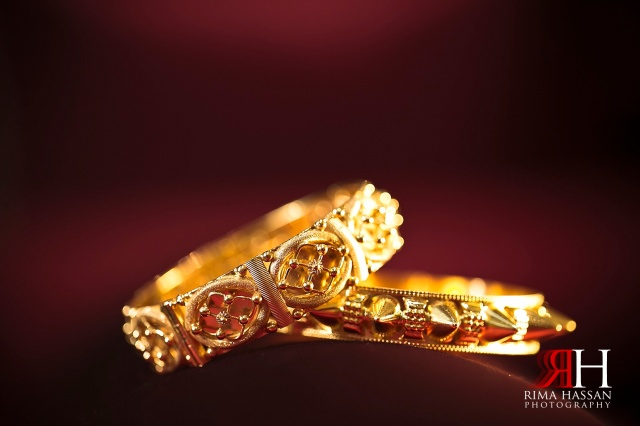 Engagement_photography_milcha_Wedding_Photographer_Dubai_UAE_Rima_Hassan_jewelry_gold