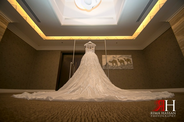 Jawaher_Sharjah_Wedding_Photographer_Dubai_UAE_Rima_Hassan_kosha_stage_decoration_dress