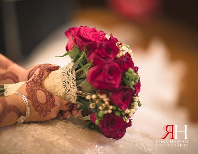 Jumeirah_Beach_Hotel_Wedding_Photographer_Dubai_UAE_Rima_Hassan_buoquet