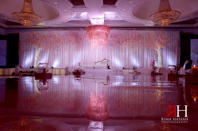 Wedding_Photographer_Dubai_UAE_Rima_Hassan_decoration_kosha_stage_dream_wedding