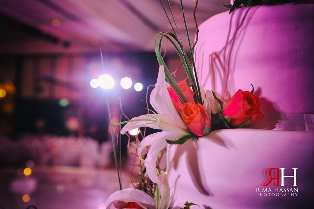 Wedding_Photographer_Dubai_UAE_Rima_Hassan_decoration_kosha_stage_dream_wedding_cake