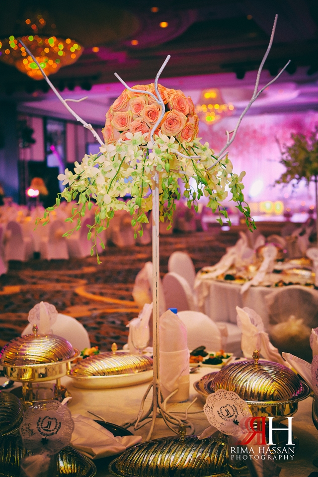 Wedding_Photographer_Dubai_UAE_Rima_Hassan_decoration_kosha_stage_dream_wedding_centerpiece