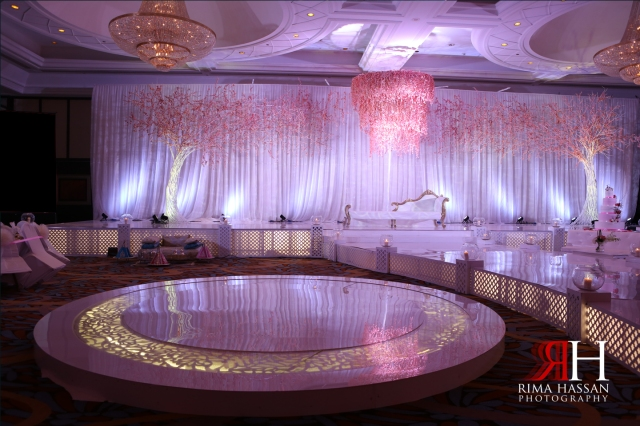 Wedding_Photographer_Dubai_UAE_Rima_Hassan_decoration_kosha_stage_dream_wedding_dance_floor