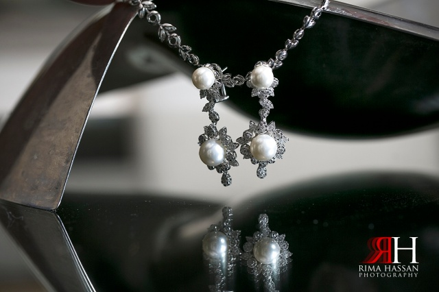 Intercontinental_photography_Wedding_Female_photographer_Dubai_UAE_Rima_Hassan_bridal_jewelry_earrings