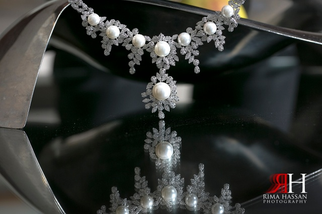 Intercontinental_photography_Wedding_Female_photographer_Dubai_UAE_Rima_Hassan_bridal_jewelry_necklace