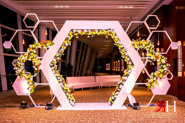 Intercontinental_photography_Wedding_Female_photographer_Dubai_UAE_Rima_Hassan_entrance_kosha_decoration