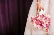 Wedding_Photography_Female_photographer_Dubai_UAE_Rima_Hassan_bridal_jewelry_bouquet