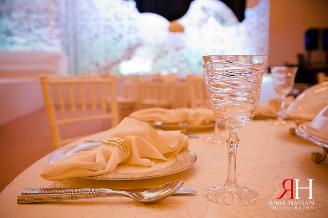 Wedding_Photography_Female_photographer_Dubai_UAE_Rima_Hassan_table_kosha_decoration_stage