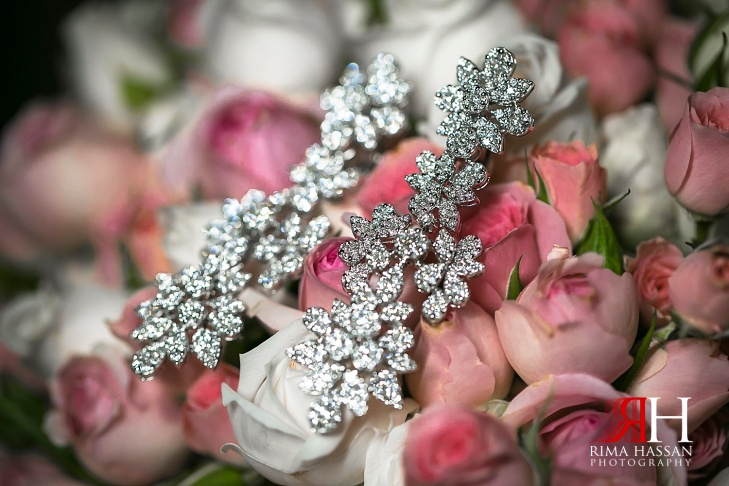 Al_Ain_Wedding_Photography_Female_photographer_Dubai_UAE_Rima_Hassan_bridal_jewelry_diamond_earrings