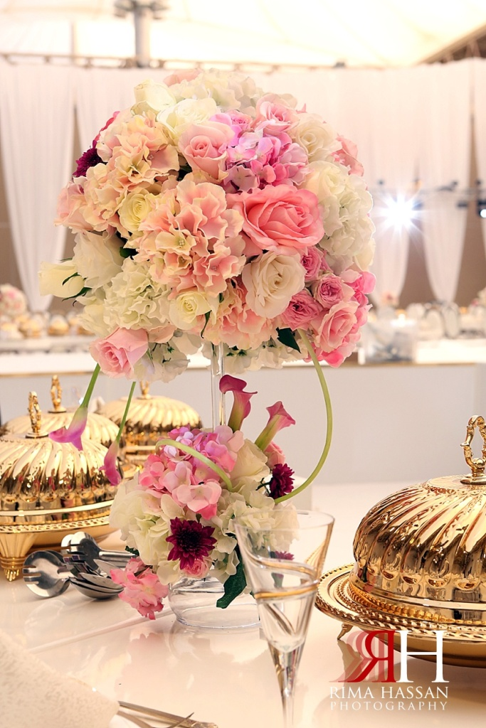 Al_Ain_Wedding_Photography_Female_photographer_Dubai_UAE_Rima_Hassan_kosha_stage_decoration_klassna_dinner_table_centerpiece