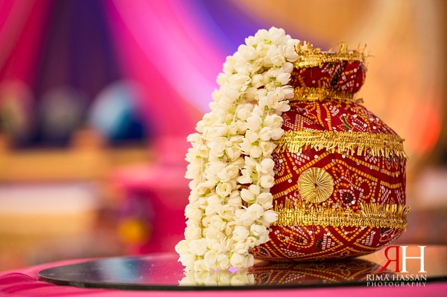 Henna_Photography_Dubai_Female_Wedding_Photographer_UAE_Rima_Hassan_indian_theme_kosha_decoration_centerpiece