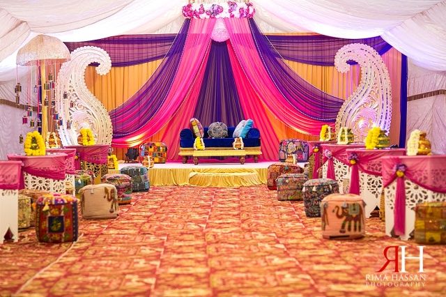 Henna_Photography_Dubai_Female_Wedding_Photographer_UAE_Rima_Hassan_indian_theme_kosha_decoration_centerpiece_stage_