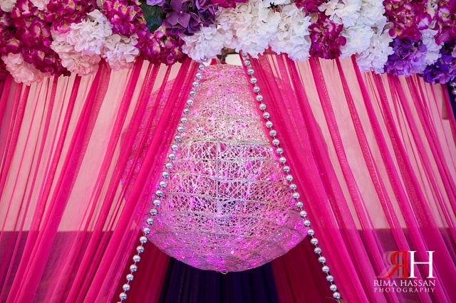 Henna_Photography_Dubai_Female_Wedding_Photographer_UAE_Rima_Hassan_indian_theme_kosha_stage_decoration