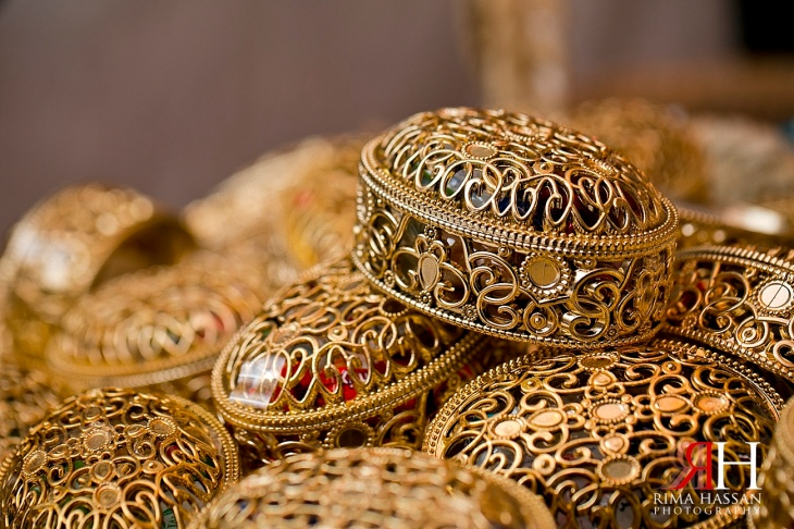 Henna_Photography_Dubai_Wedding_Female_Photographer_UAE_Rima_Hassan_bridal_gold_jewelry_party-favor-2