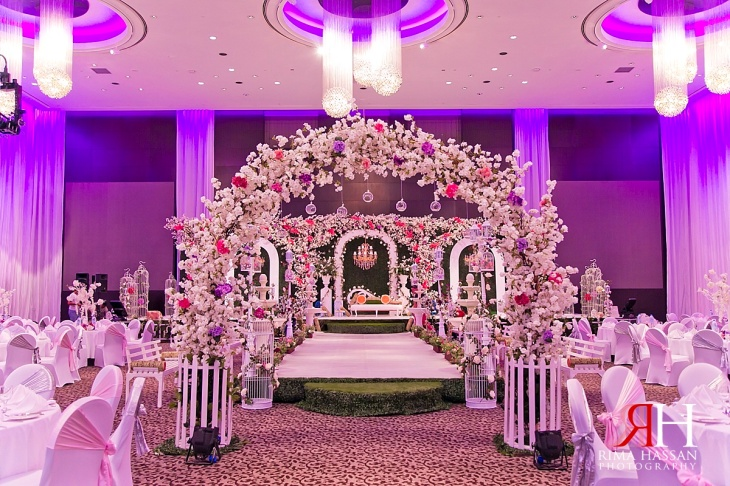LeMeridian_Wedding_Photography_Dubai_Female_Photographer_UAE_Rima_Hassan_kosha_decoration_stage_almahad_event