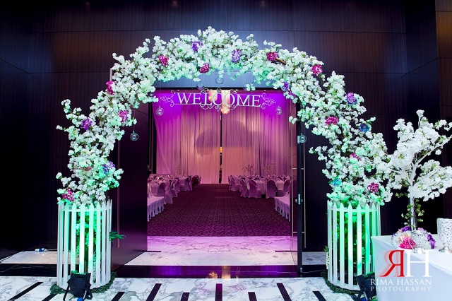 LeMeridian_Wedding_Photography_Dubai_Female_Photographer_UAE_Rima_Hassan_kosha_decoration_stage_almahad_event_entrance