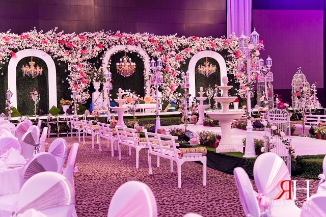 LeMeridian_Wedding_Photography_Dubai_Female_Photographer_UAE_Rima_Hassan_kosha_decoration_stage_almahad_event_garden theme