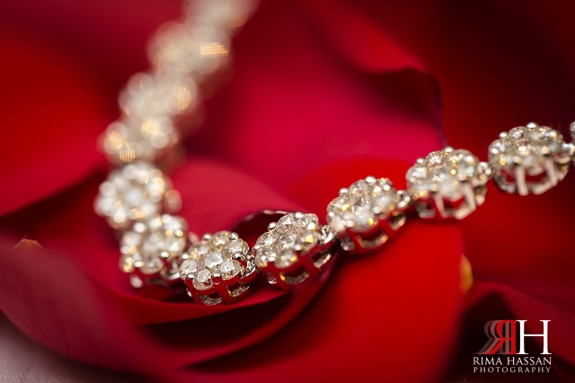 InterContinental_Festival_Dubai_Wedding_Female_Photographer_UAE_Rima_Hassan_stage_bridal_jewelry_diamond_necklace