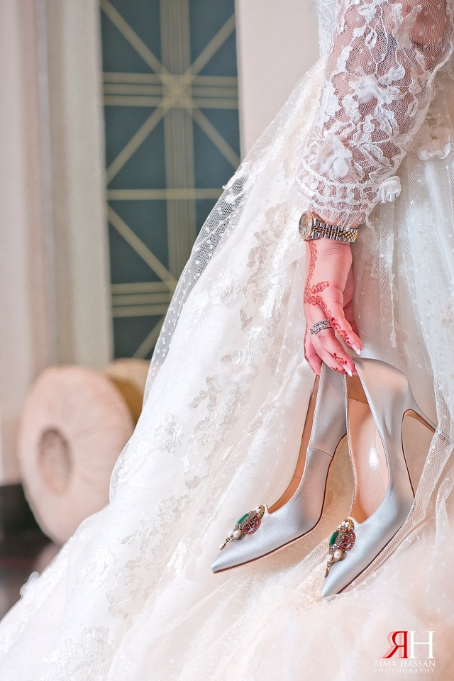 Trade_Center_Zabeel_Dubai_Wedding_Female_Photographer_UAE_Rima_Hassan_manolo_blahnik_shoes_bridal
