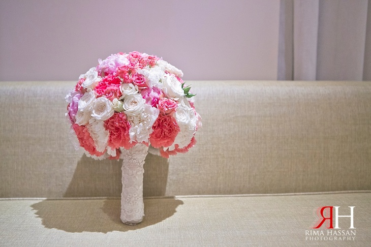 Saint_Regis_AbuDhabi_Wedding_Female_Photographer_UAE_Rima_Hassan_kosha_decoration_stage_bouquet