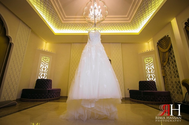 Sharjah_Ladies_Club_Wedding_Female_Photographer_Dubai_UAE_Rima_Hassan_bridal_dress_esposa