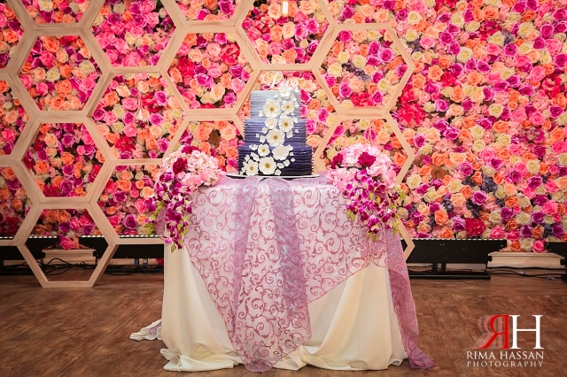 Sharjah_Ladies_Club_Wedding_Female_Photographer_Dubai_UAE_Rima_Hassan_kosha_decoration_stage_sweet_lane_cakes