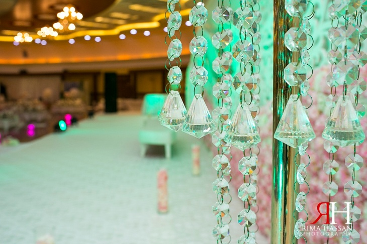 RAK_Wedding_Female_Photographer_Dubai_UAE_Rima_Hassan_kosha_decoration_stage_crystals