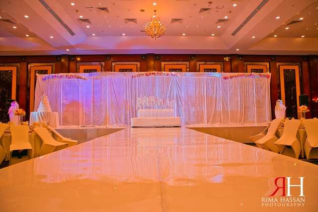 World_Trade_Center_Dubai_Wedding_Female_Photographer_UAE_Rima_Hassan_kosha_stage_decoration