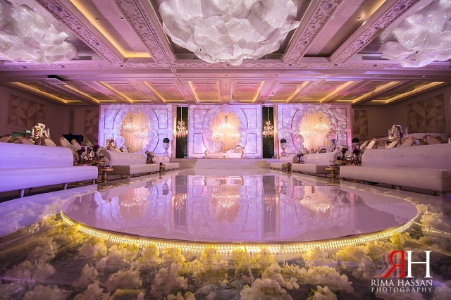 Hyatt_Regency_Wedding_Female_Photographer_Dubai_UAE_Rima_Hassan_kosha_decoration_stage_dream_services