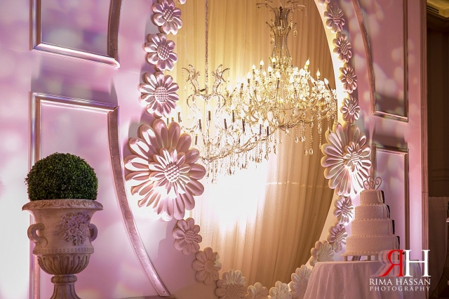 Hyatt_Regency_Wedding_Female_Photographer_Dubai_UAE_Rima_Hassan_kosha_decoration_stage_dream_services_cake