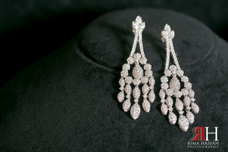 Le_Meridien_Wedding_Female_Photographer_Dubai_UAE_Rima_Hassan_bridal_jewelry_diamond_earrings
