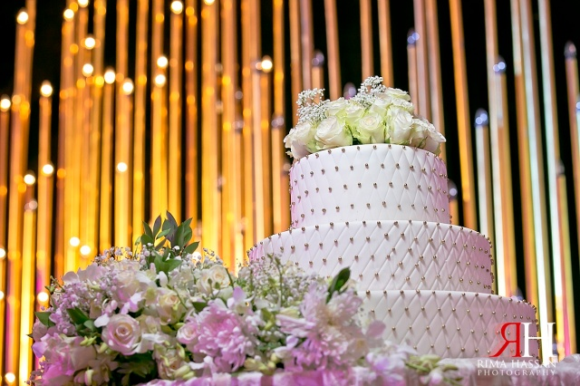 Le_Meridien_Wedding_Female_Photographer_Dubai_UAE_Rima_Hassan_kosha_stage_decoration_cake_flowers
