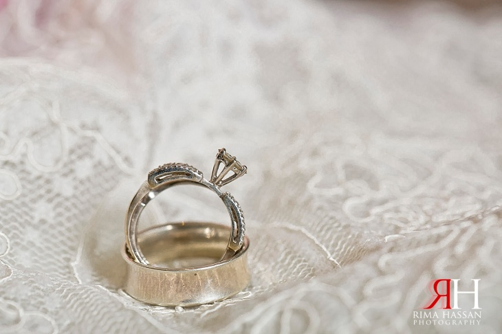 AL-Boom-Village_Wedding_Female_Photographer_Dubai_UAE_Rima_Hassan_bridal_diamond_jewelry_ring_band