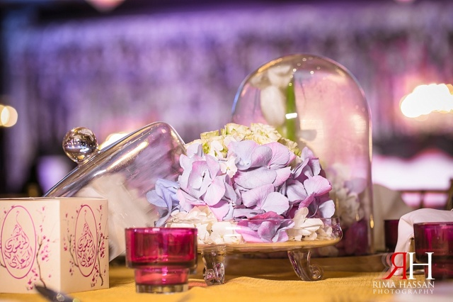 Rotana_Beach_Abu-Dhabi_Wedding_Female_Photographer_Dubai_UAE_Rima_Hassan_kosha_stage_decoration_centerpieces