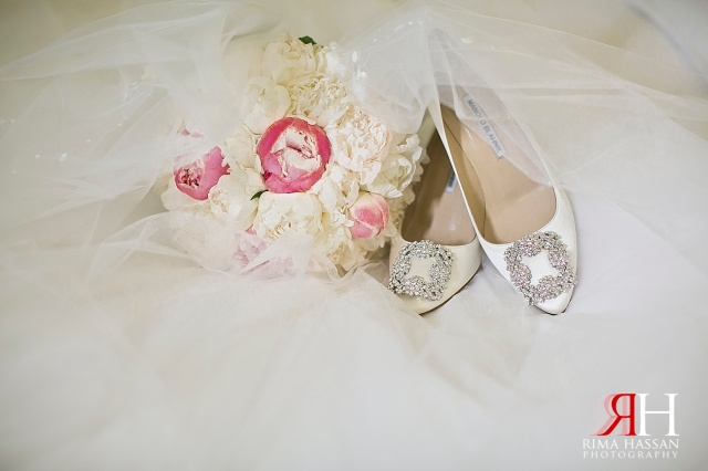 Grand_Hyatt_Dubai_Wedding_Female_Photographer_UAE_Rima_Hassan_bridal_shoes_manolo-crochet-flowers_bouquet