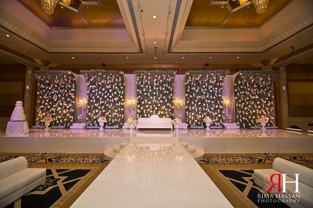 Grand_Hyatt_Dubai_Wedding_Female_Photographer_UAE_Rima_Hassan_kosha_decoration_stage_klassna