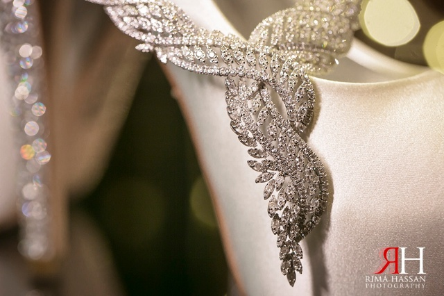 InterContinental_Dubai_Wedding_Female_Photographer_UAE_Rima_Hassan_bridal_jewelry_necklace
