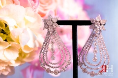 Markaz_Rasool_Engagement_Female_Photographer_Dubai_UAE_Rima_Hassan_bridal_diamond_set-earrings