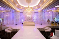 Markaz_Rasool_Engagement_Female_Photographer_Dubai_UAE_Rima_Hassan_decoration_kosha_stage