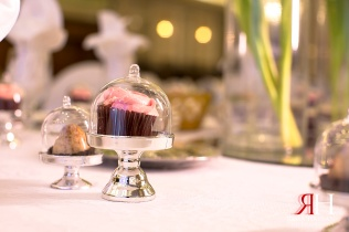 Markaz_Rasool_Engagement_Female_Photographer_Dubai_UAE_Rima_Hassan_decoration_party-favor