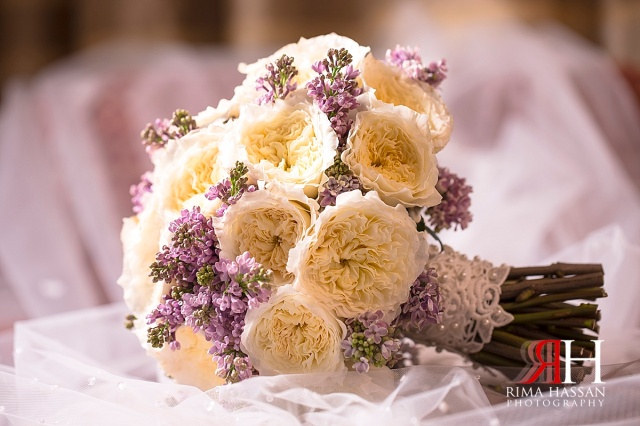 Al-Ain_Rotana_Wedding_Female_Photographer_Dubai_UAE_Rima_Hassan_kosha_decoration_stage_bride_bouquet