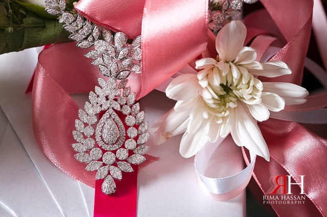 Bustan_Rotana_Female_Wedding_Photographer_Dubai_UAE_Rima_Hassan_bridal_jewelry_necklace
